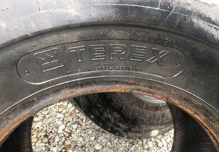 laadur-ekskavaatori rehv Terex